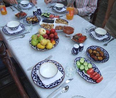 803796793608338-Table_set_fo..i_BB_Khiva.jpg