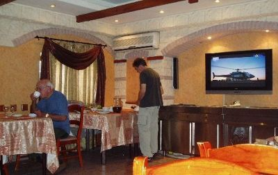 942857043681375-Breakfast_at..s_Tashkent.jpg