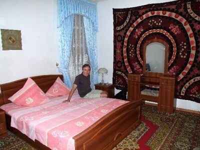 966530213638962-Our_bedroom_..nd_Bukhara.jpg