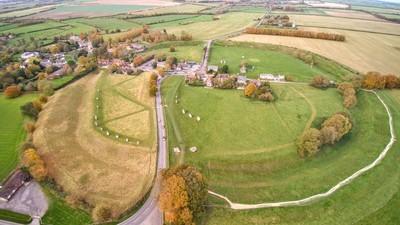 Avebury_aerial.jpg