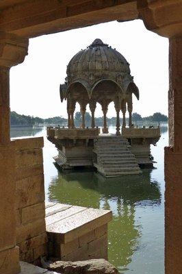 Jaisalmer_..disar_Tank2.jpg