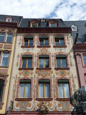 P1090371_Marktplatz.jpg