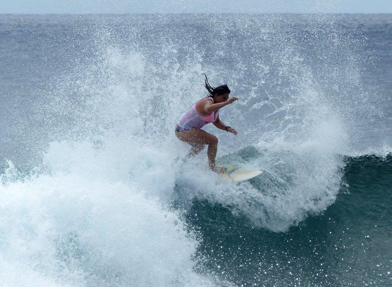 Surfer, Hanga Roa