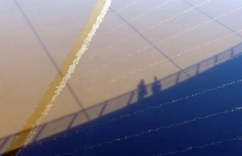 Millennium Bridge reflected - Gateshead-on-Tyne