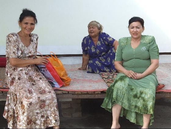 large_313489933610837-Women_at_roa..Uzbekistan.jpg