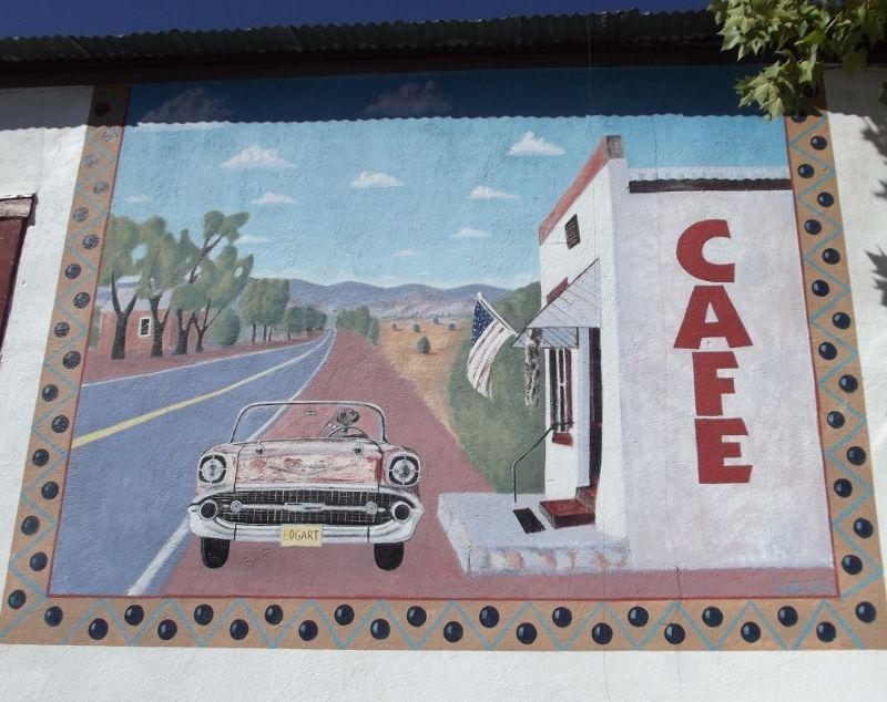 large_316146015897322-Mural_on_the.._Hillsboro.jpg