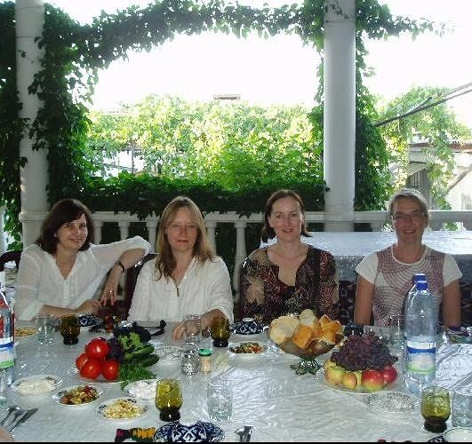 large_3679328-Dinner_in_a_family_home_Uzbekistan.jpg