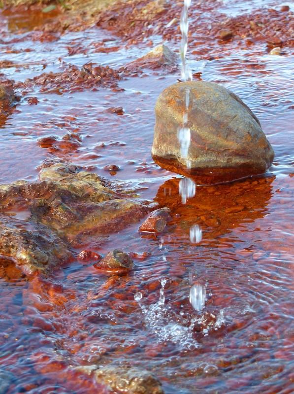 Iron-rich waters at Olkelda