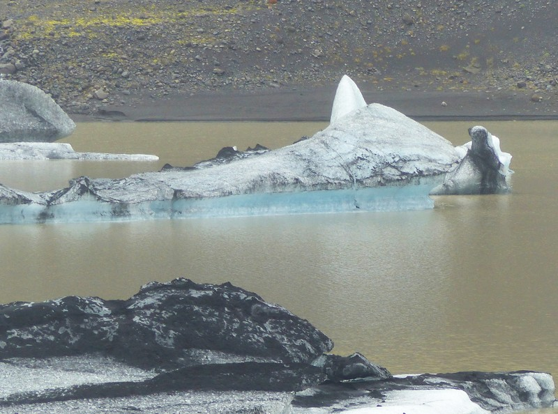 Ice floes at Sólheimajökull
