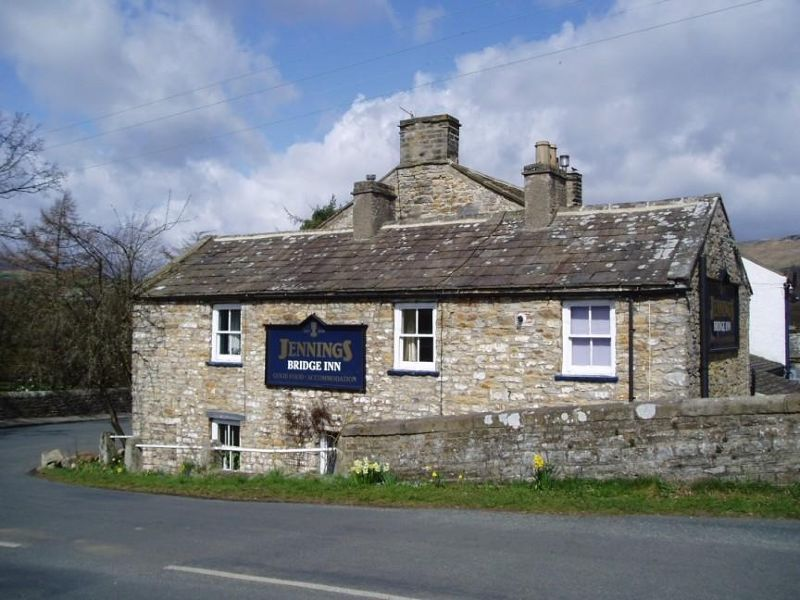 large_4699059-The_Bridge_Inn_Grinton_Grinton.jpg