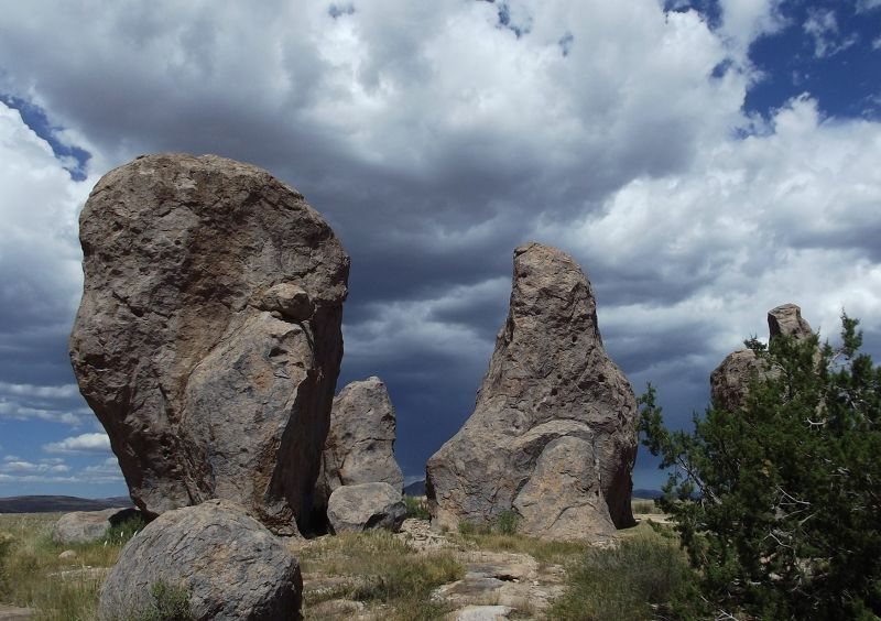 large_5889913-City_of_Rocks_Silver_City.jpg