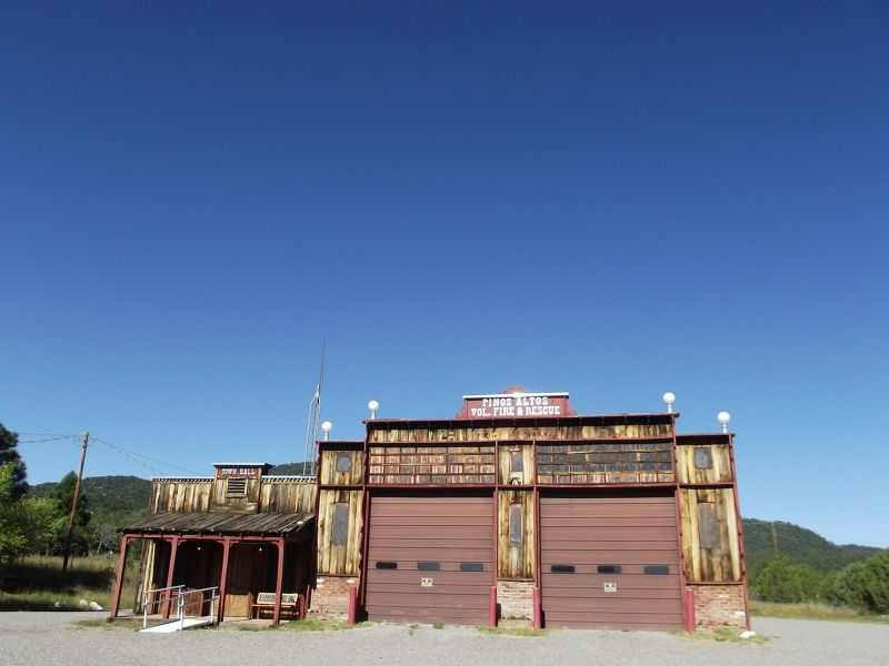 large_5889935-Fire_station_Pinos_Altos_Silver_City.jpg