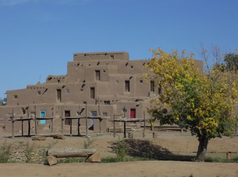 large_5920874-North_House_Hlauuma_Taos_Pueblo.jpg
