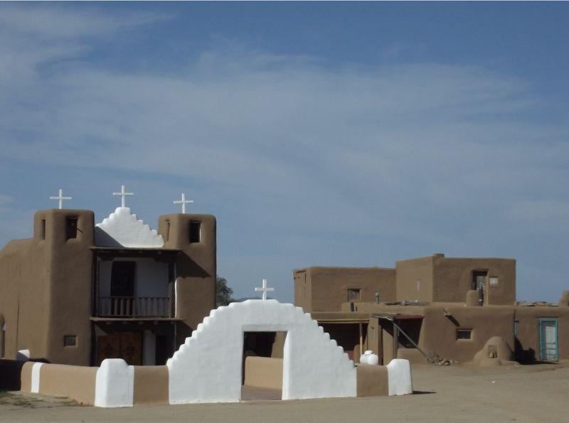 large_5920876-_Taos_Pueblo.jpg