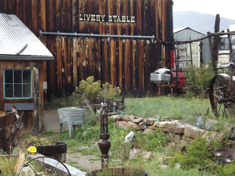 large_5921114-Museum_stables_Elizabethtown.jpg