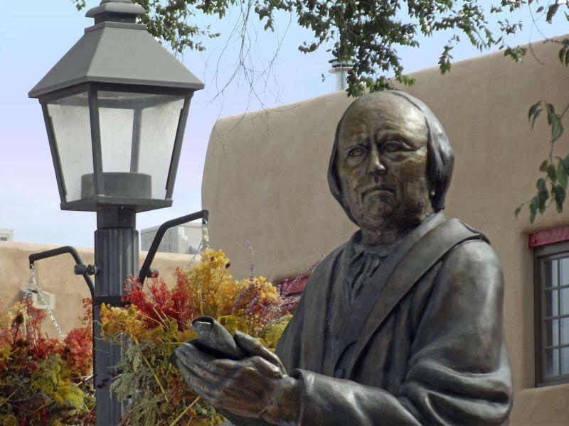 large_6029907-Martinez_statue_Taos.jpg