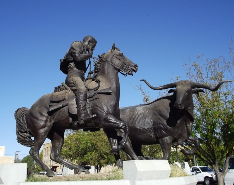 large_6050625-Cattle_King_of_the_Pecos_Roswell.jpg