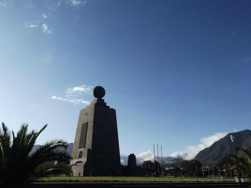 large_6498773-Mitad_del_Mundo_monument_San_Antonio.jpg