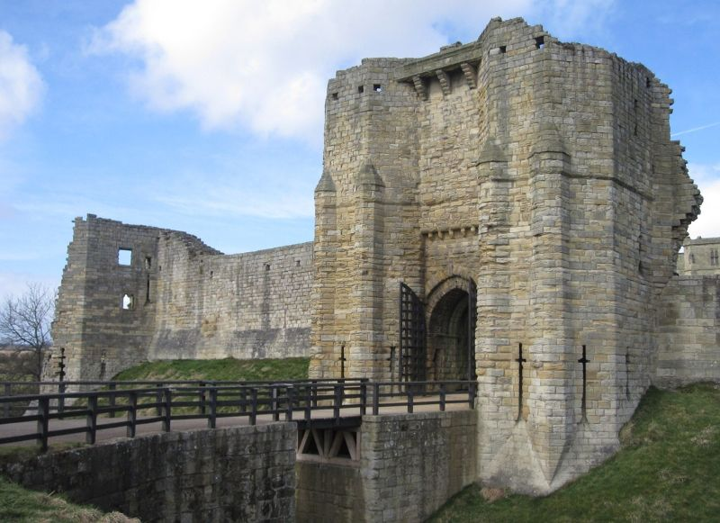 large_6626172-Warkworth_Castle_gatehouse_Warkworth.jpg