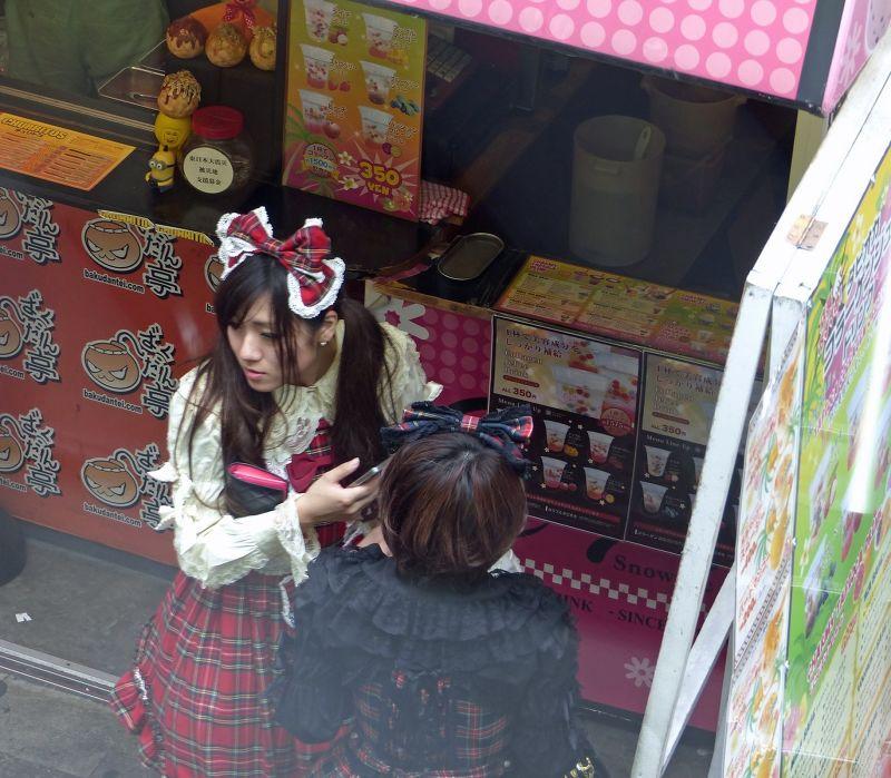 Young shoppers on Takeshita Dori - Tokyo