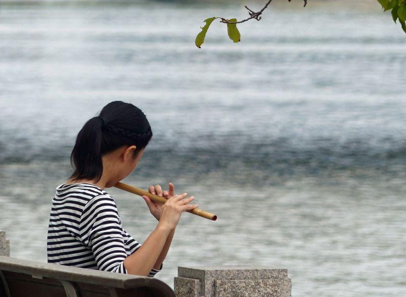 large_6909884-In_the_Peace_Park_Hiroshima.jpg