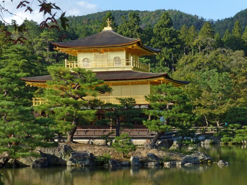 large_6916241-Kinkaku_ji_the_Golden_Pavilion_Kyoto.jpg