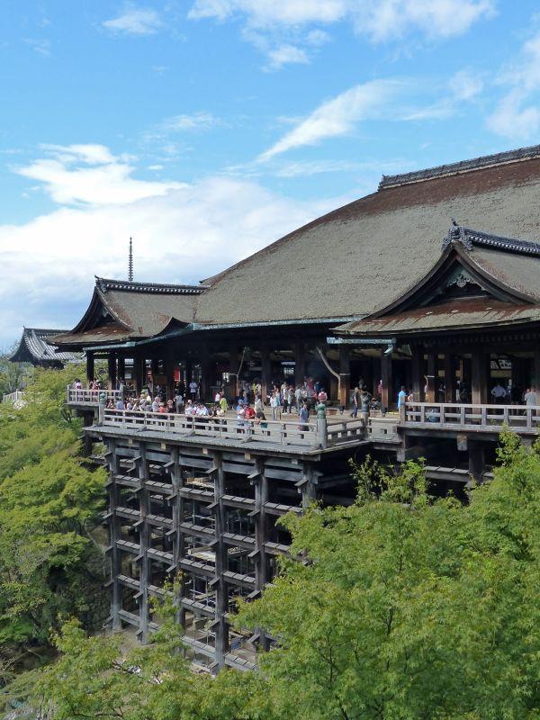 Kiyomizu-dera: the veranda - Kyoto