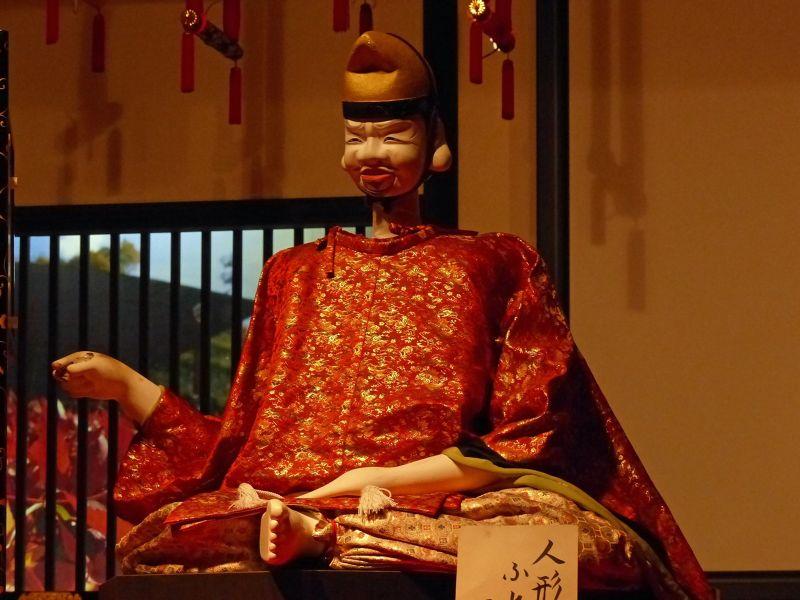 large_6927625-Dashi_karakuri_Takayama.jpg