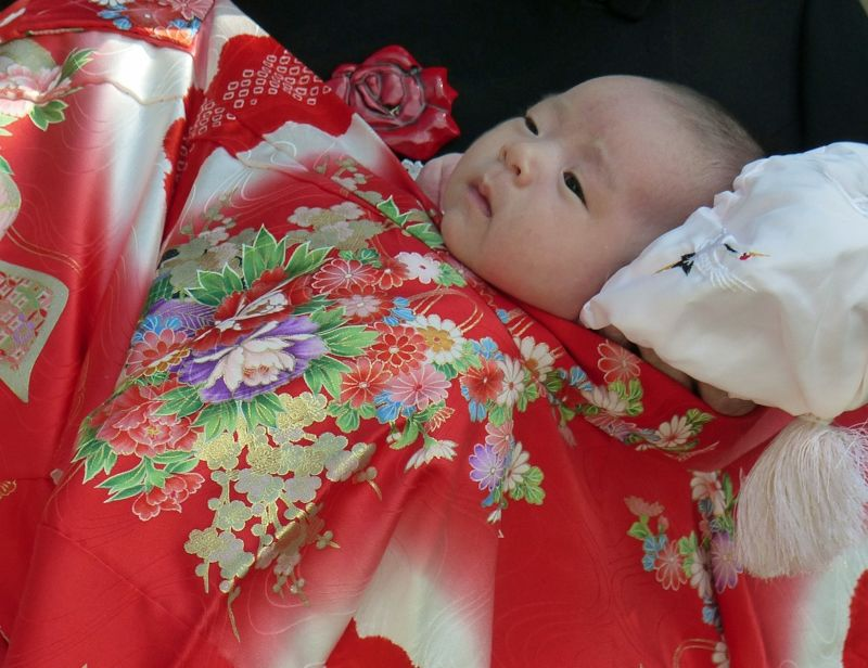 large_6927665-A_babys_blessing_Takayama.jpg