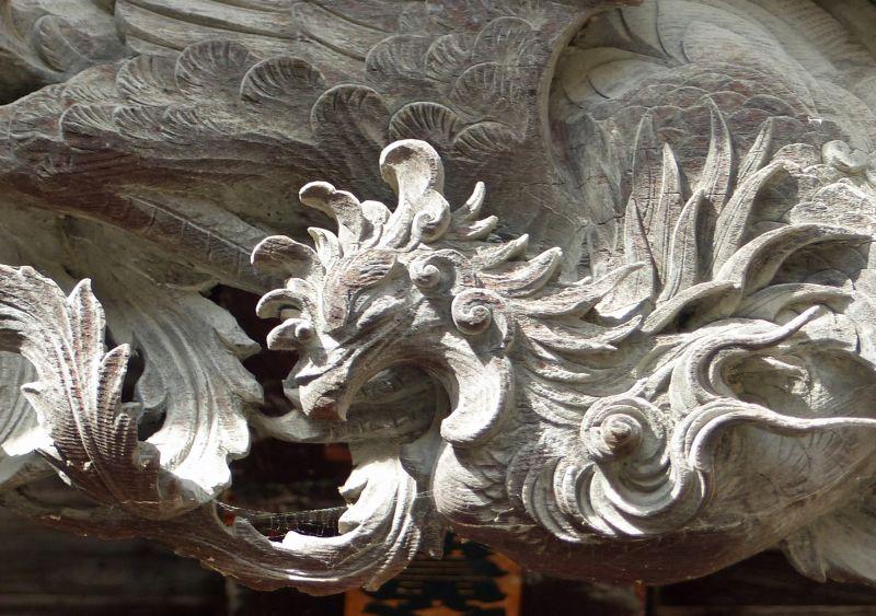 large_6935498-Carving_detail_Matsumoto.jpg