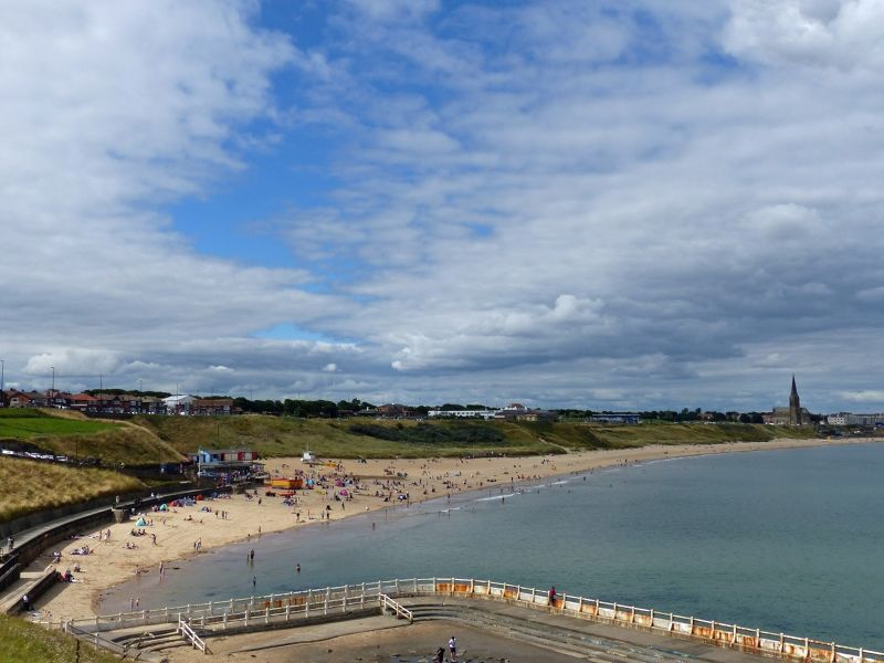 large_7463183-Longsands_Tynemouth.jpg