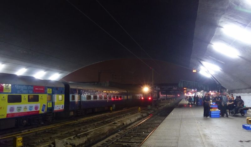 New Delhi Railway Station - early morning - Delhi