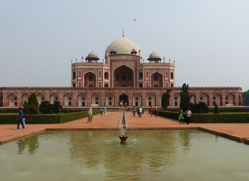 large_7516420-Humayuns_Tomb_Delhi.jpg