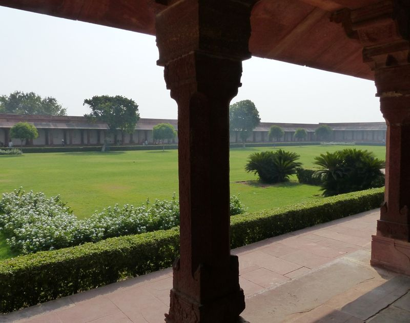 Diwan-i-Am and garden - Fatehpur Sikri