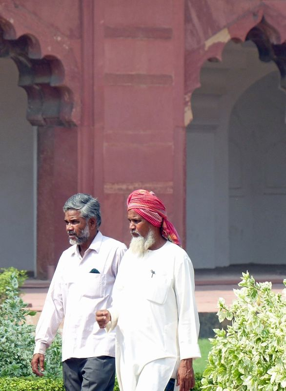 Visitors at Agra Fort - Agra