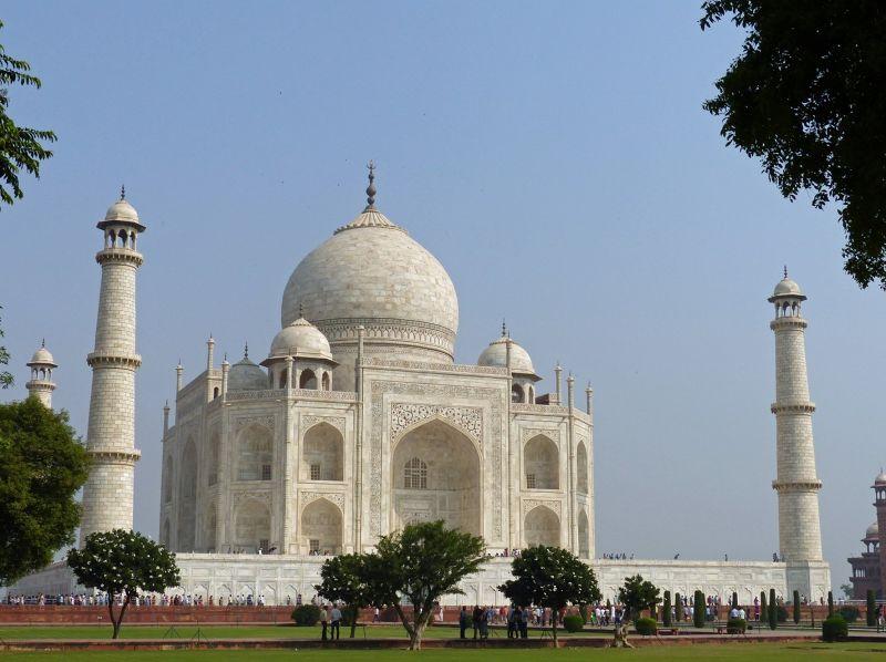 large_7524319-Taj_Mahal_Charbagh_gardens_Agra.jpg