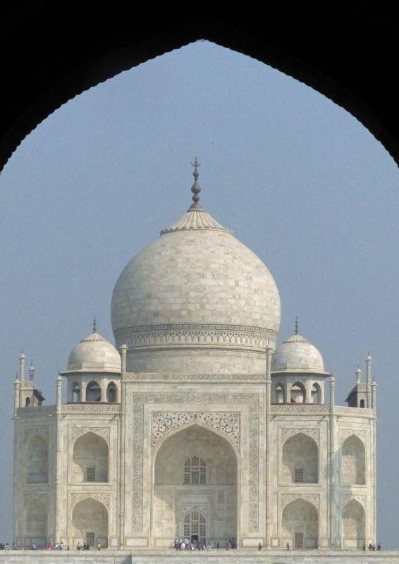 large_7524341-Taj_Mahal_history_and_myth_Agra.jpg