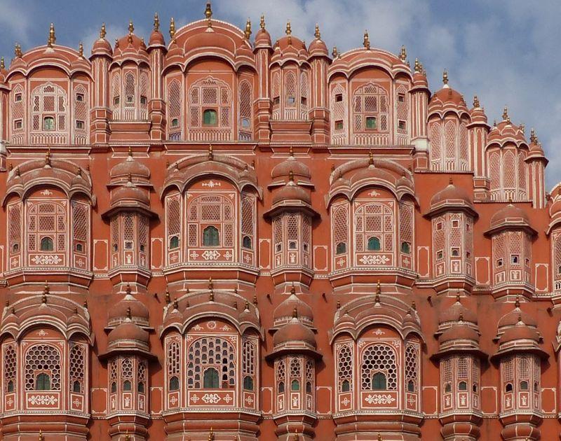 large_7530136-Hawa_Mahal_Jaipur.jpg