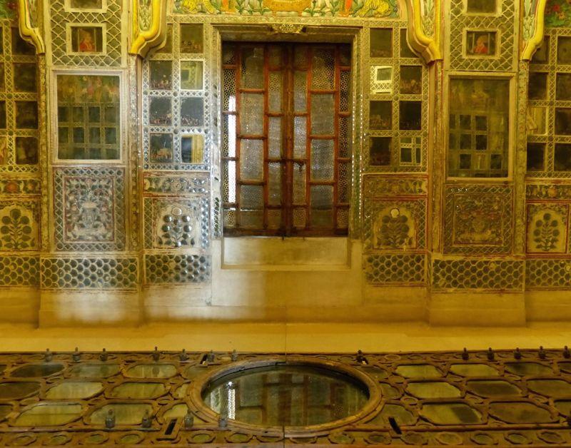 large_7541882-Sheesh_Mahal_Jodhpur.jpg