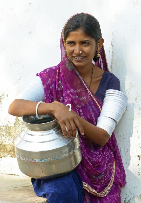 Local woman, Narlai