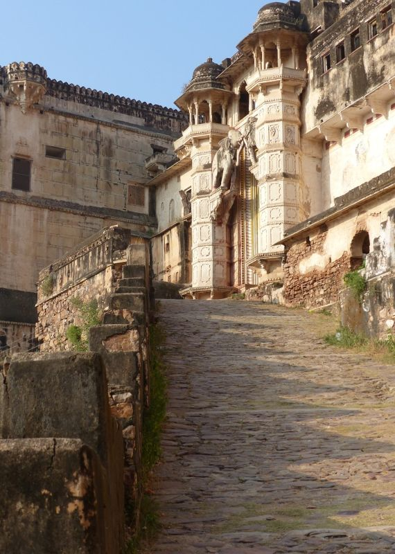 Path to the gate - Bundi Palace