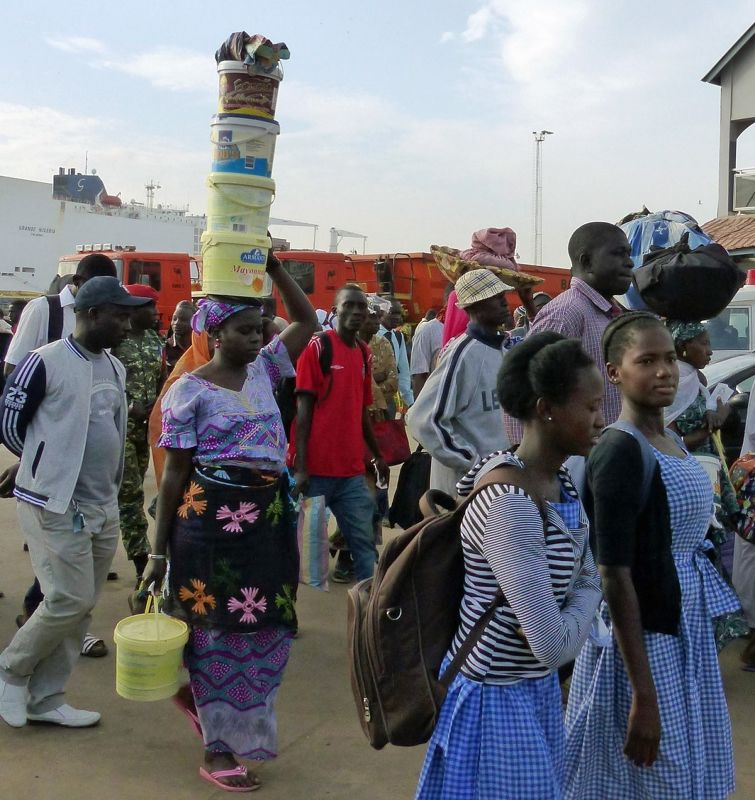 large_7575392-Ferry_passengers_in_Banjul_Same.jpg