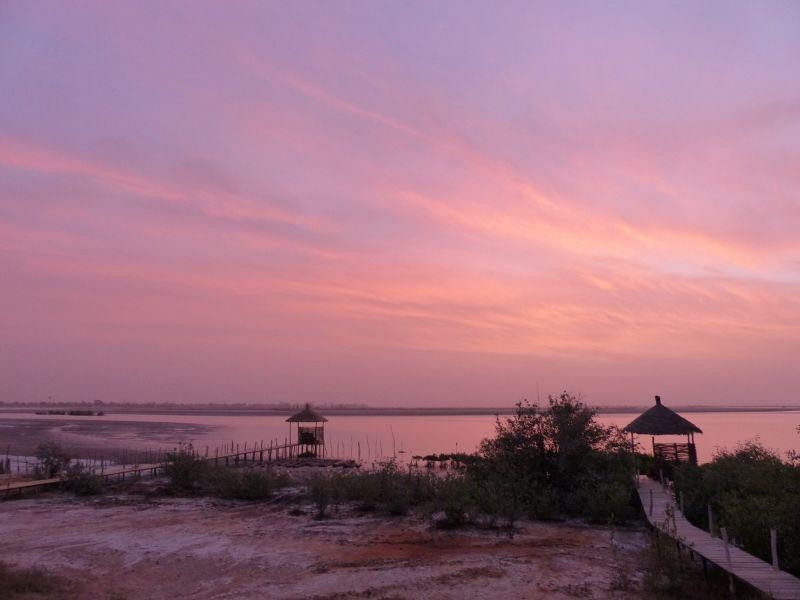 large_7580265-Souimanga_sunrise_Fimela.jpg