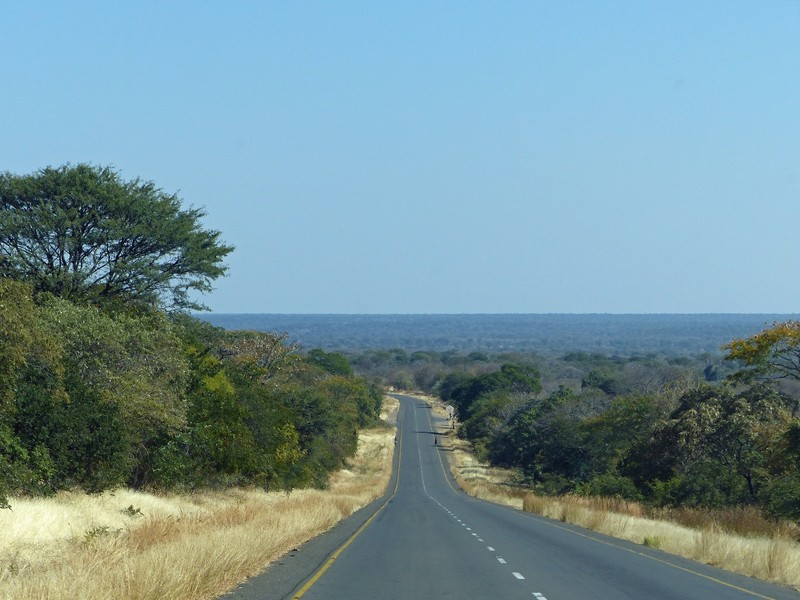 The road from Livingstone to the Botswana border