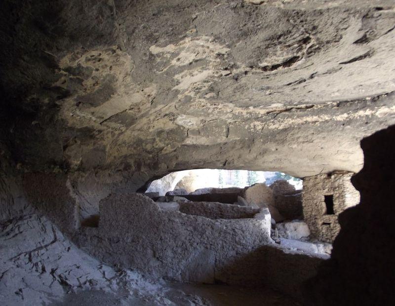 large_855507885893766-Cave_four_wi..l_Monument.jpg