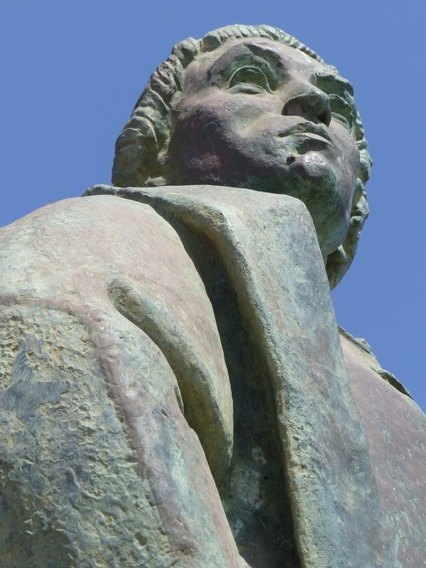 Monument to Diogo Gomes, Praia