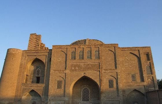 large_944908183642546-Nadir_Divanb..ra_Bukhara.jpg