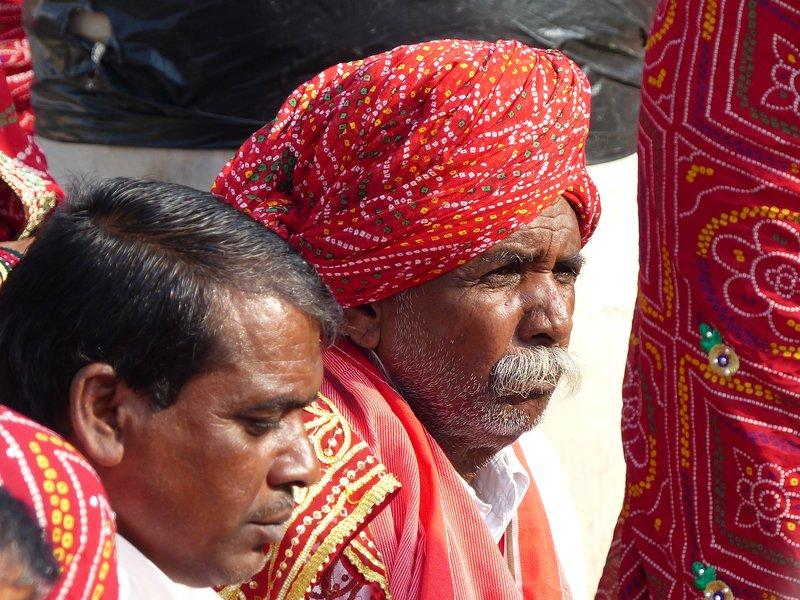 Pilgrims at Maota Lake, Amer