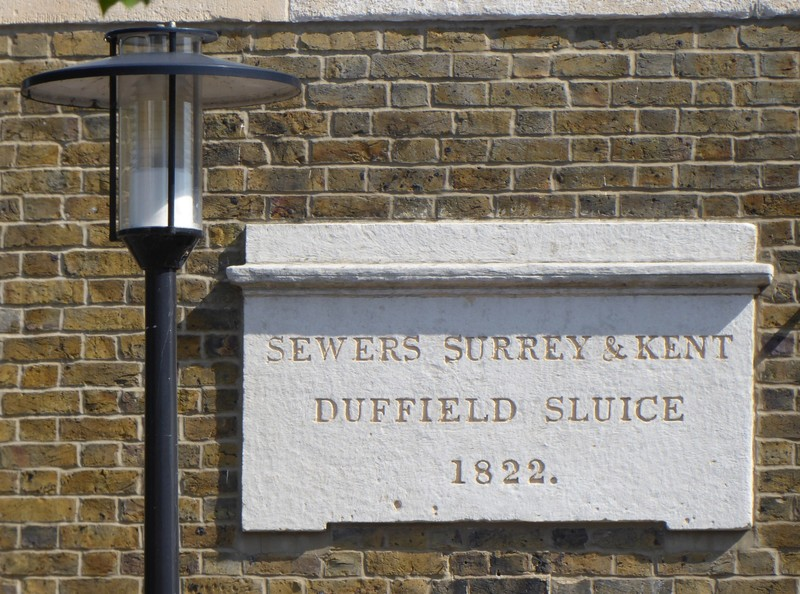 Old sign, Rothehithe
