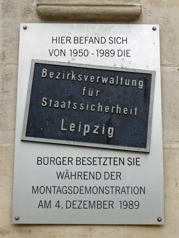Sign at the Runde Ecke